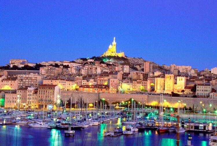 thanh pho cang Marseille